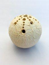 画像2: 球・花差し(還元焼成 マット釉) (2)